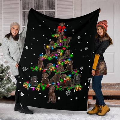 Flat-Coated Retriever Christmas Tree