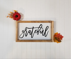 "Grateful Framed Farmhouse Thanksgiving Wood Sign 7"" x 14"""