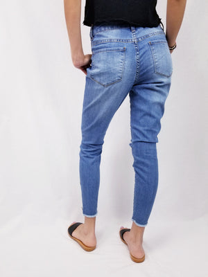 Medium Wash Skinny Jeans With Zipper