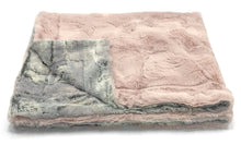 Load image into Gallery viewer, ZANDINO MIA SILVER/LIGHT PINK MINKY BLANKET