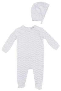 SMALL MOMENTS WHITE WAVY BURNOUT EFFECT STRETCHIE AND BONNET