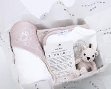 Load image into Gallery viewer, Kanga+Roo Beige Newbon Baby Gift Basket Set