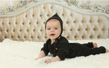 Load image into Gallery viewer, AMOUREUX BEBE BLACK DOUBLE LINED MINI PIXIE BONNET