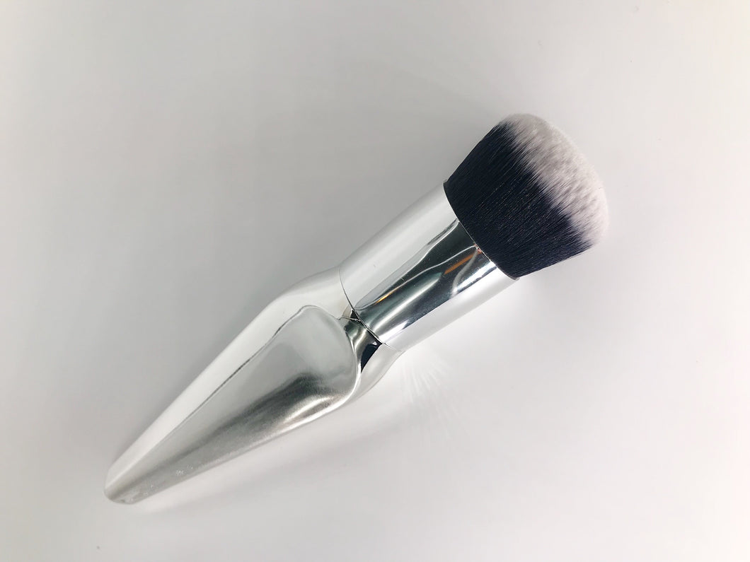 Victoria Silver Foundation Brush