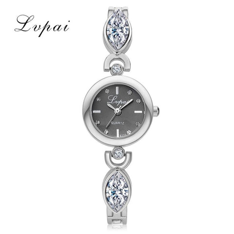 2017 New Women Bracelet Watches Rectangle Crystal Dress WristWatch For Ladies Luxury Stainless Steel Quartz Watch Women Clock - FainWatch