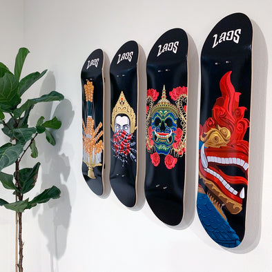 Skate Deck with Wall Mount