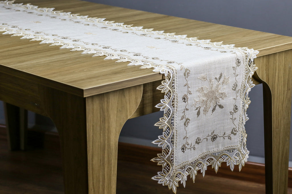 Sunflower Table Runner   16x72 Inches