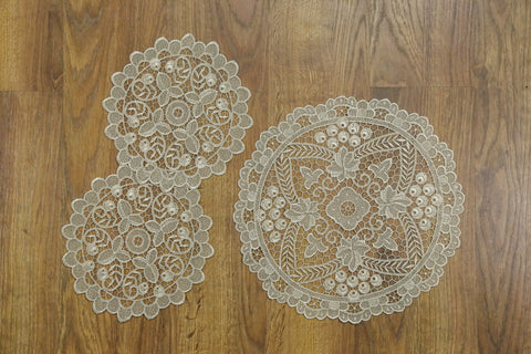 Ivy Round 3 Piece Tablecloths Set