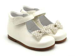 Beberlis Girls baby white ivory  Mary Jane with velcro and a bow Dress shoes-baby Shoes-BEBERLIS-Hopscotch Shoes Australia