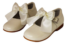 Classic Cream Mary Jane with a Bow  - girls -Hopscotch Shoes Australia