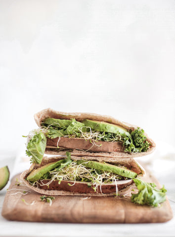 vegan sandwich avocado filling picnic ideas