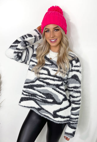Olivia Bobble Hat - Neon Pink