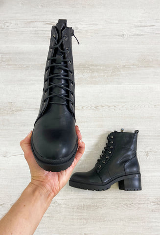 Holly Black Chunky Boots - Black