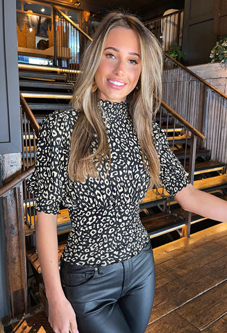 ONLY Zille Short Sleeve Smock Top - Leopard