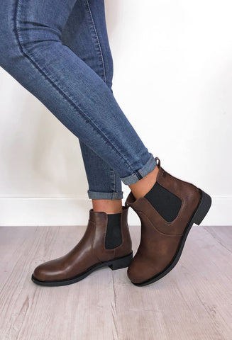 Francis Chelsea Boots - Brown