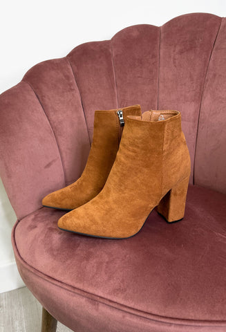 Georgie Heeled Pointed Boots - Tan