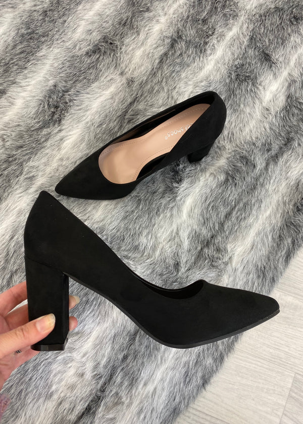 Precious Block Heel Court Shoes - Black
