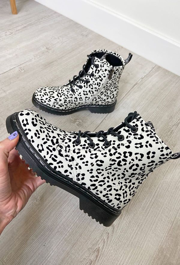 Fabs White Leopard Ankle Boots