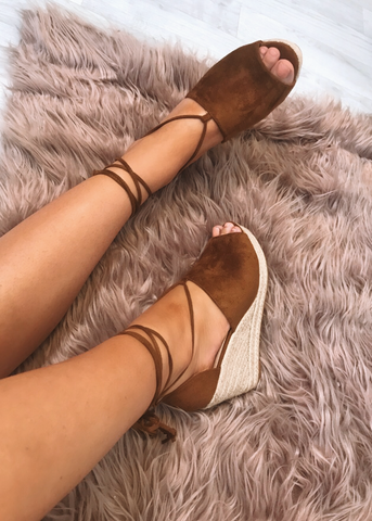 Harlow Wedges - Tan