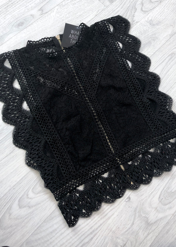 Lydia Lace Cropped Top - Black