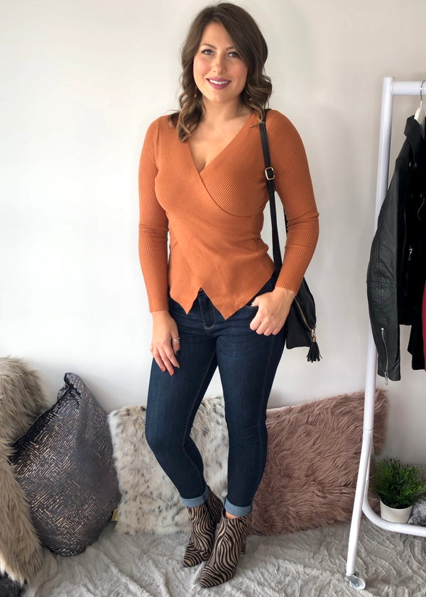 Anelia Ribbed Wrap Over Top - Rust