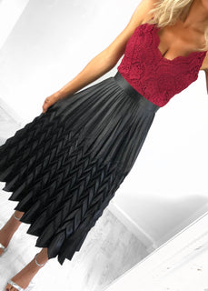 Bonnie Metallic Pleat Skirt - Black