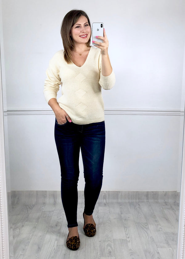 Enya Knitted V Neck Jumper - Cream
