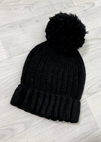Lulu Pom Pom Hat - All Black