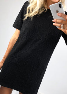 Urban Bliss - Tex Quilted T-Shirt Dress