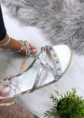 Kinsley Flat Sandals - Silver