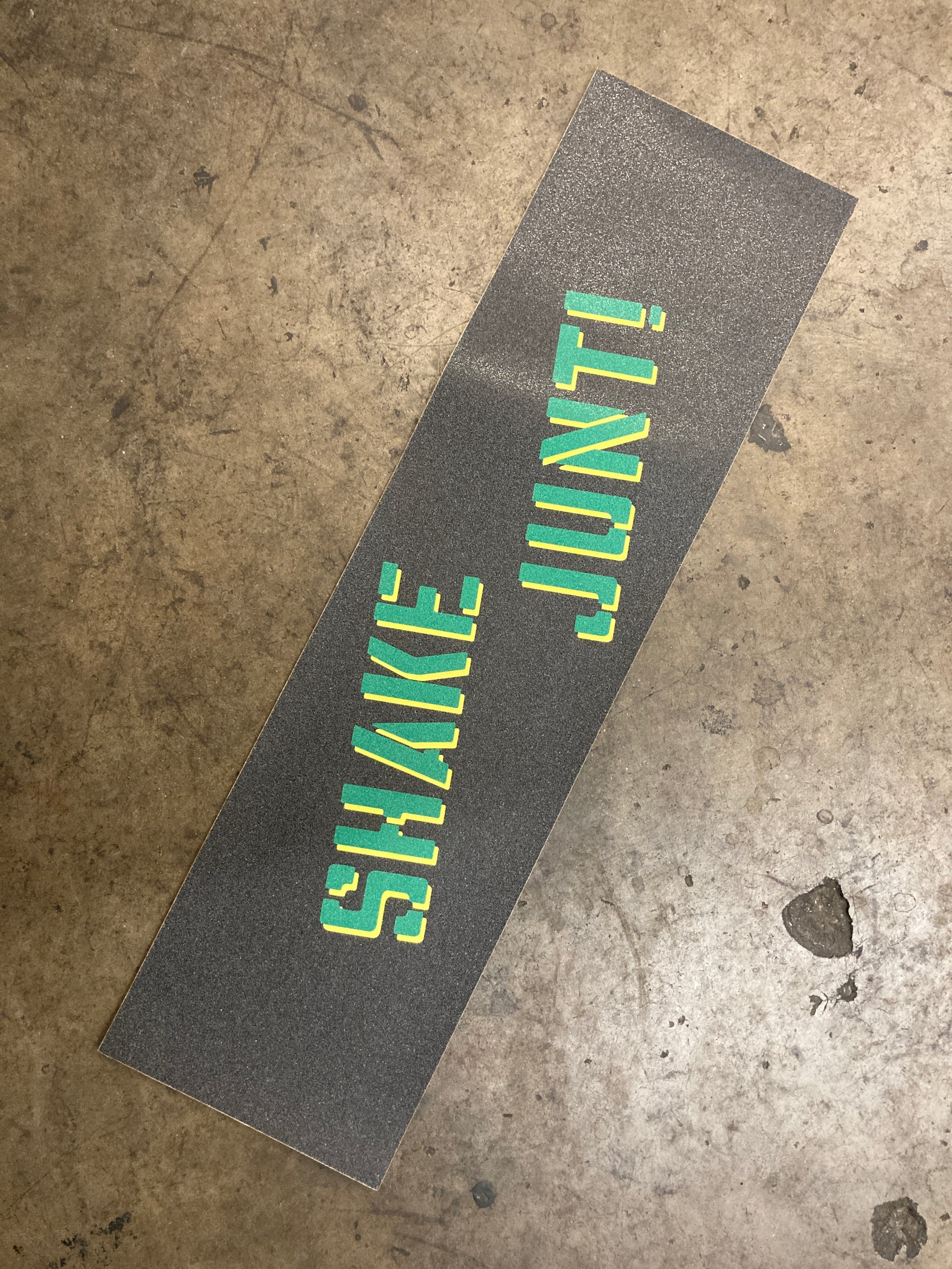 SHAKE JUNT | OG Spray Grip Tape