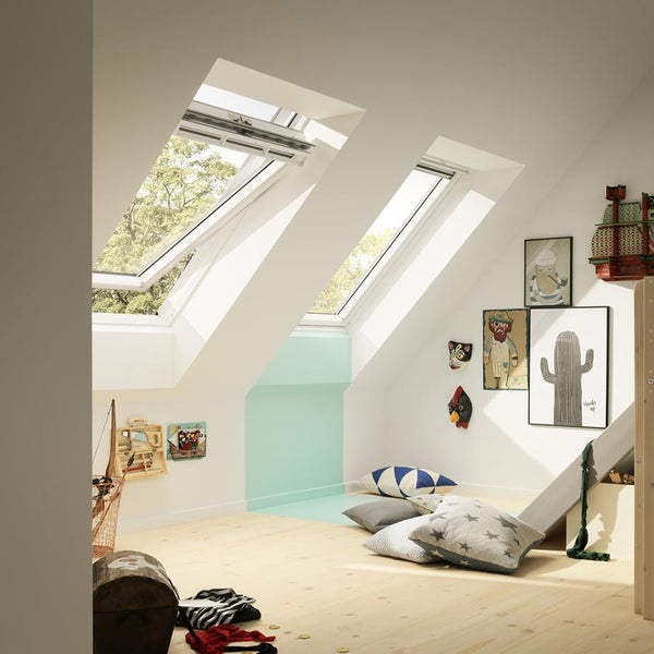 Velux White Painted Centre Pivot 62 Pane Roof Window