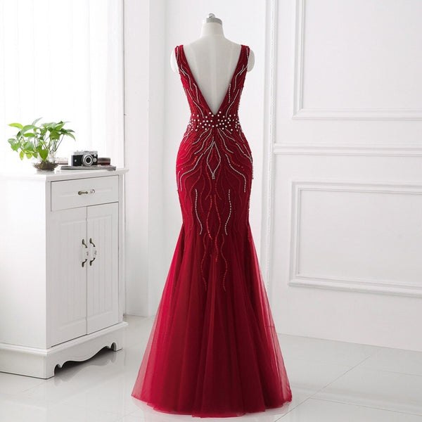 "<p style=""font-size: 18px;""><b>ALYSSA</b></p><p style=""color:grey"">WEB DESIGN CRYSTAL BEADED MERMAID GOWN-WINE RED</p>"