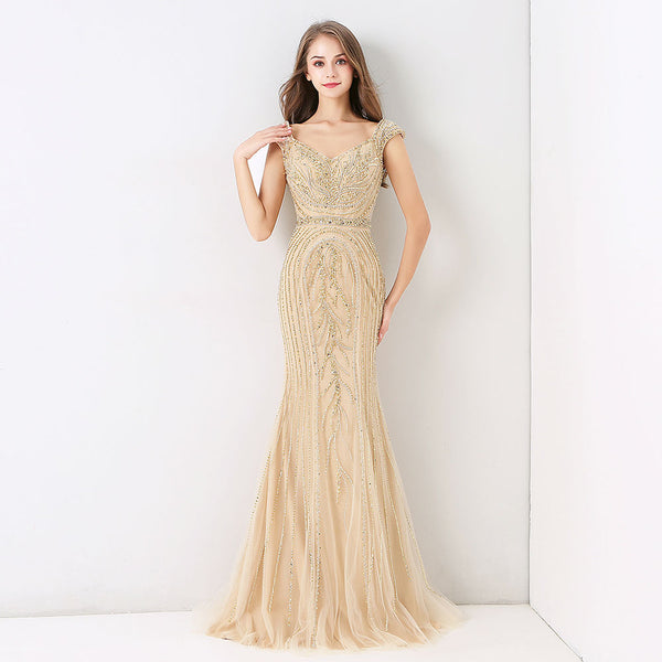 "<p style=""font-size: 18px;""><b>GUILTY PLEASURE</b></p><p style=""color:grey"">SEQUIN BEADED MERMAID GOWN</p>"