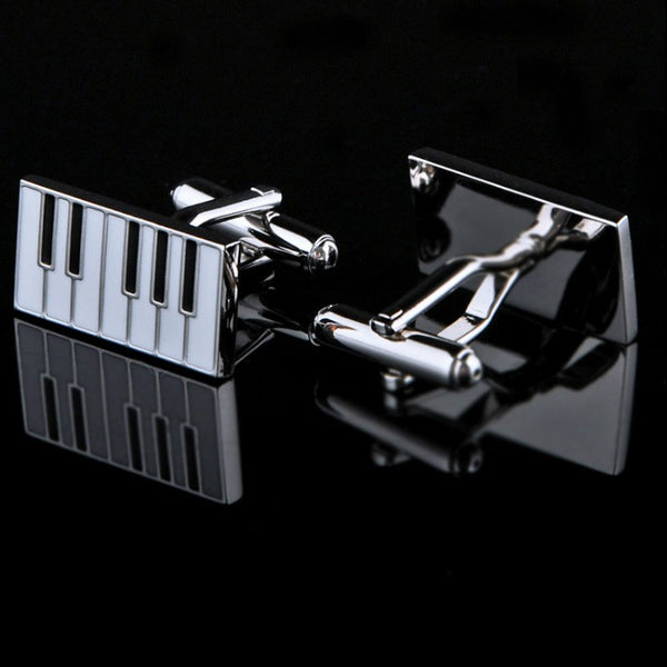 <p><b>KEY NOTES</b><br><p>Piano Keys Design Cufflinks</p>
