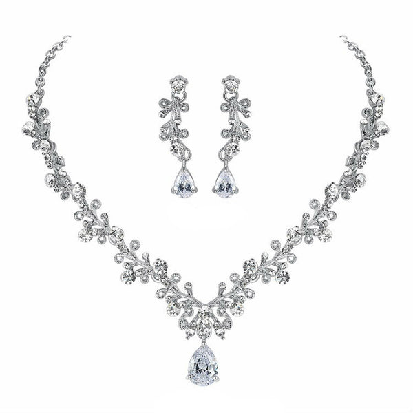 <p><b>LOVE LETTER</b><br><p>Rhinestone Crystal & Cubic Zirconia Necklace & Earrings Set</p>