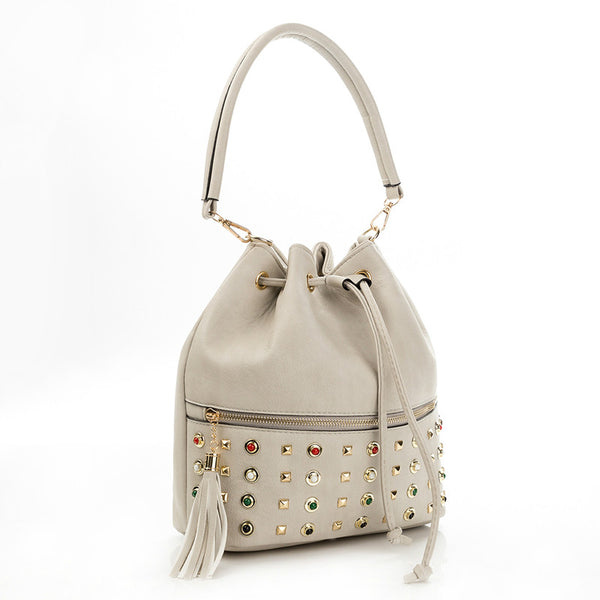 <p><b>ROCKSTAR</b><br><p>Riveted Pattern Tall Shoulder Bag</p>