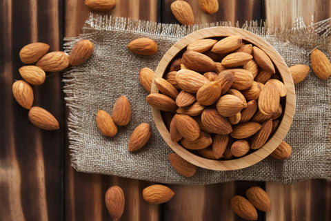 8 best foods to build your muscle - Almonds