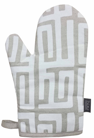 Facet Black Oven Glove