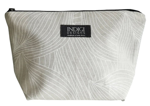 Henna Leaves Indigo Cosmetic Bag Large