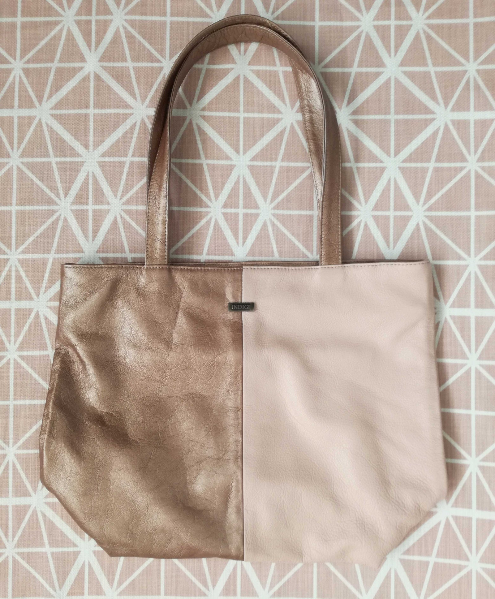 Luxury Leather Shoulder Bag Nude Pink x Bronze