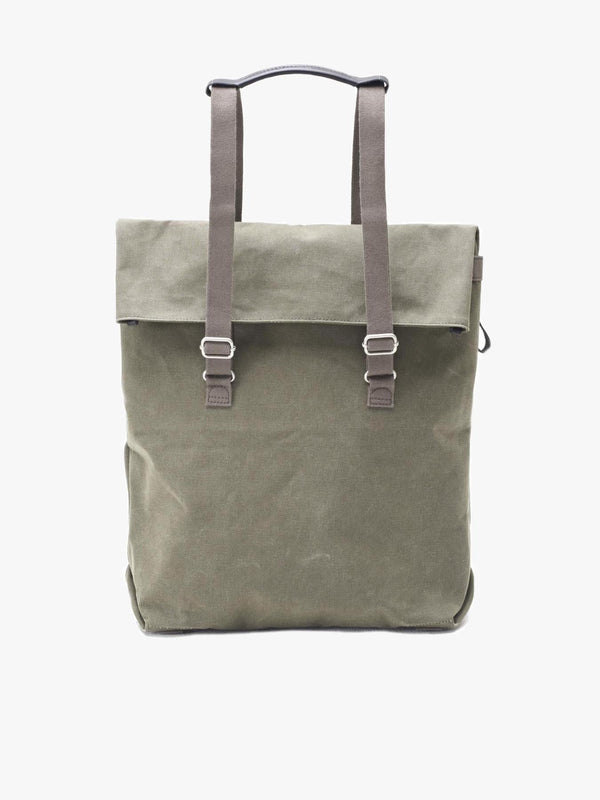 Day tote from Qwstion in cotton with water-repellent treatment