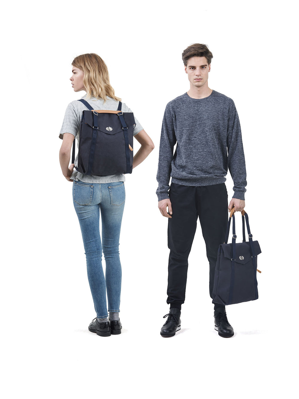 Tote Organic Navy multiple carrying options