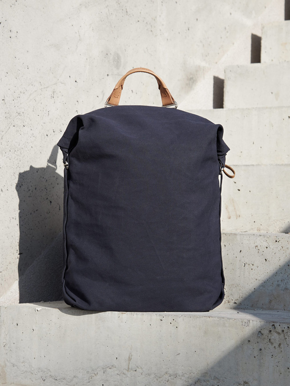 Minimal backpack by Qwstion Zurich