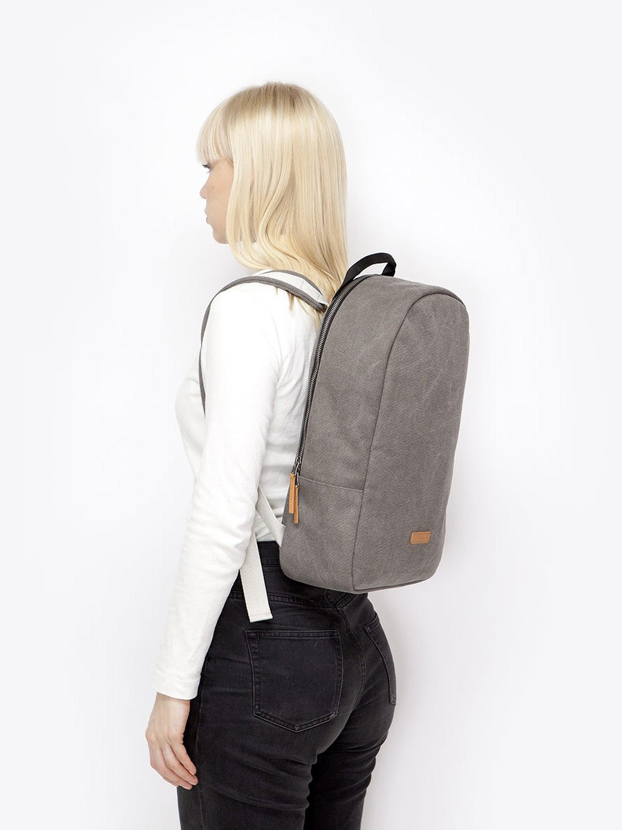 Minimalist backpack. Marvin by Ucon free shipping in Europe at okkaido.it