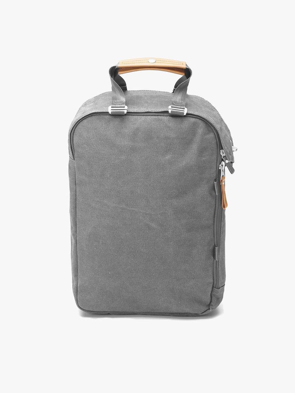 Qwstion Daypack in a Washed Grey version with leather handles