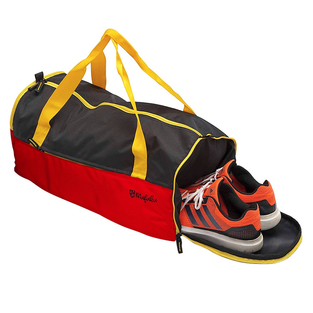 Buddys Duffle Gym Bag 32 Ltr - Red & Black