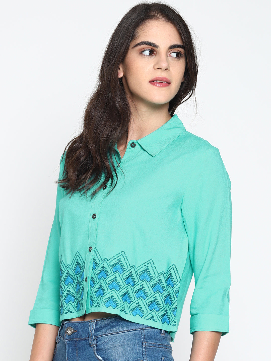 Embroidered Crop Shirt | UNTUNG