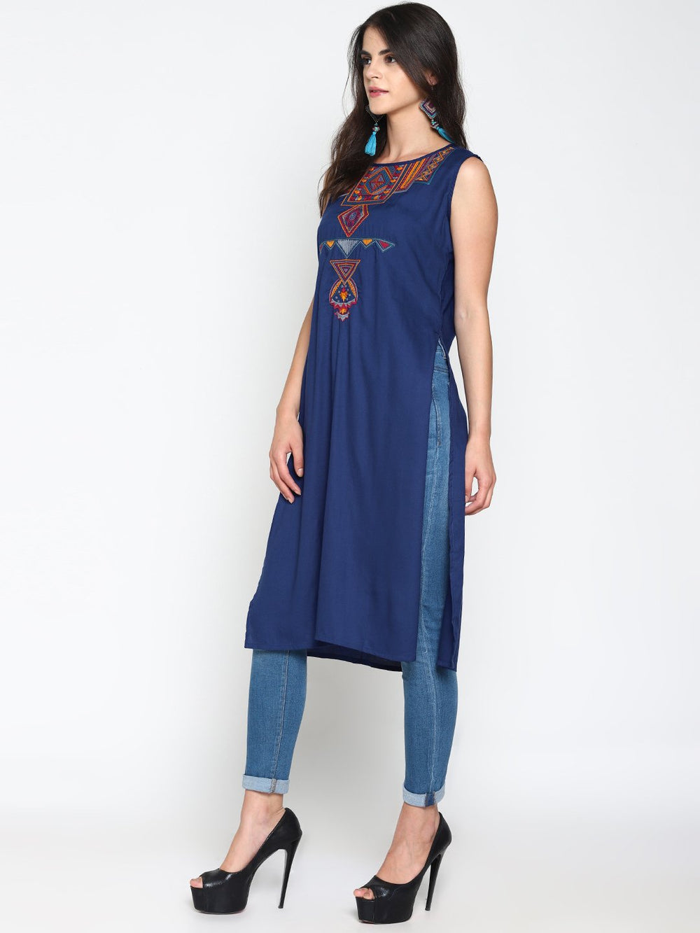 Blue Sleeveless Kurta With Multicolor Embroidery | Untung