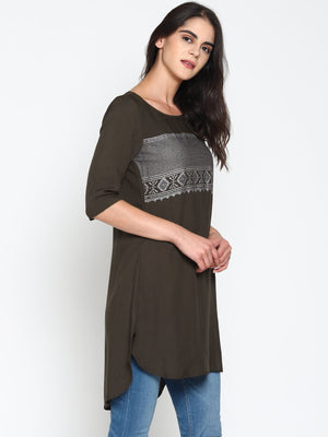 Tunic With Chest Print | UNTUNG